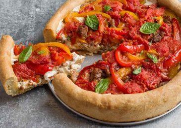 Pizza món bánh đặc trưng được yêu thích nhất ở Chicago