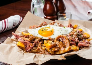 Thịt lợn bụng poutine – Món ngon nhất định phải thử ở Dallas