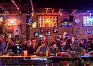 Những quán bar tốt nhất để thưởng thức đồ uống và thư giãn ở Chicago