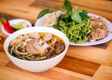Lịch trình food tour dành cho một ngày du xuân xứ Huế